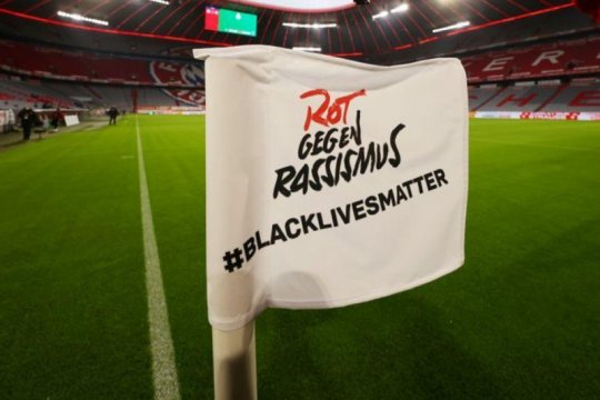 CEO Liga Premier dukung kostum tim ditulisi 'Black Lives Matter'