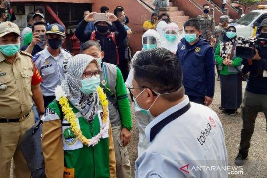 Sempat diusir, tenaga medis dikalungi bunga di Pasar Cileungsi-Bogor