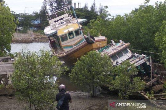 Nelayan Aceh temukan kapal penangkap ikan Sri Lanka