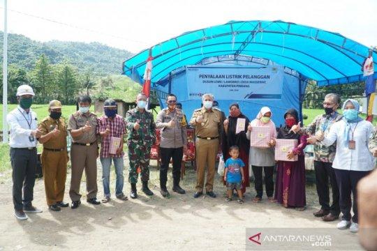 Warga Dusun Lome kini menikmati listrik PLN setelah 53 tahun