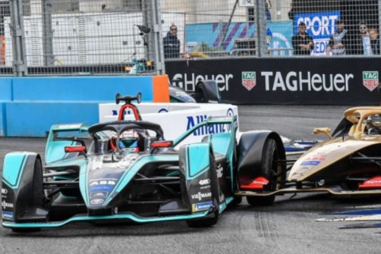 Formula E gelar enam balapan dalam sembilan hari untuk tutup musim