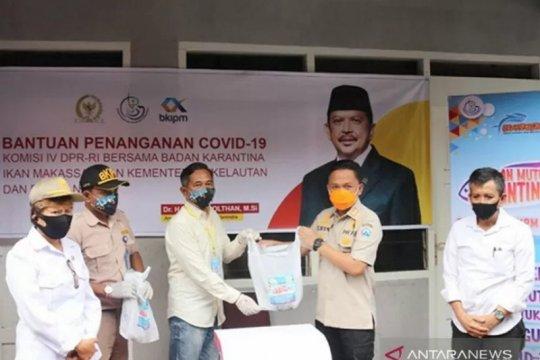 Bantuan 500 paket ikan olahan untuk korban banjir Bantaeng