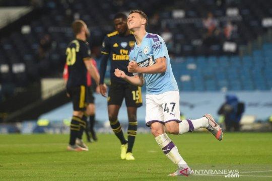 Man City libas Arsenal tiga gol tanpa balas