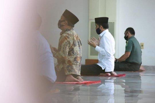 Presiden Jokowi shalat Jumat di Masjid Istana Bogor