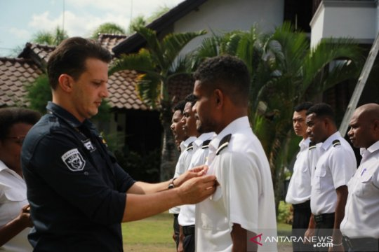 Jadi calon pilot, 10 pemuda Papua-Papua  Barat belajar di LIFT Lombok