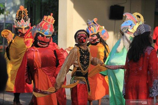 Indramayu perbolehkan seniman gelar pertunjukan lagi