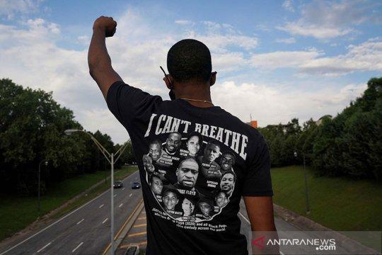 """Ribuan warga AS pawai """"Juneteenth"""" peringati penghapusan perbudakan"""