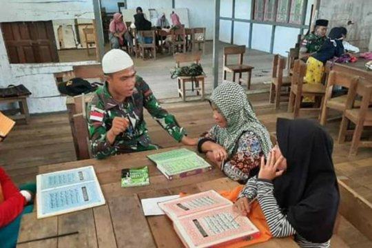 Satgas Pamtas 133/YS ajari mengaji generasi muda di perbatasan