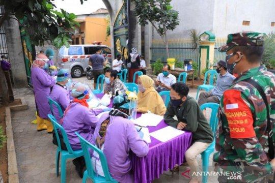 Dinkes Kota Tangerang targetkan tes cepat 50 warga Kelurahan Jurumudi