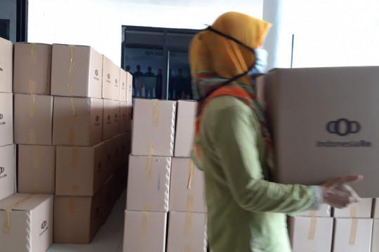 Indonesia Re bagikan ratusan paket sembako kepada masyarakat terdampak pandemi