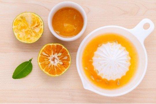 Minum jus jeruk dengan bulir mampu ringankan sembelit