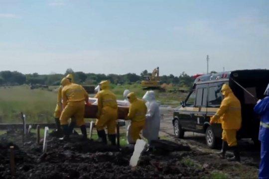 Dua TPU di Surabaya jadi lokasi pemakaman jenazah korban COVID-19