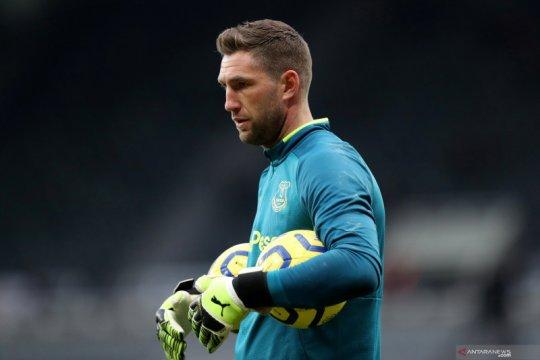 Maarten Stekelenburg gabung lagi dengan Ajax mulai Agustus