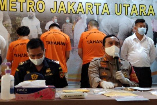 Polisi tangkap pengguna narkotika di jalan tol