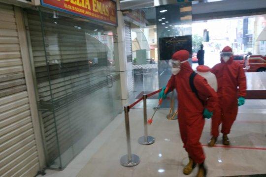 Damkar Jaksel kerahkan 87 personel lakukan disinfeksi Blok M Square