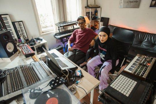 "Sivia x Kenny Gabriel kolaborasi di lagu ""New York - Remix Version"""