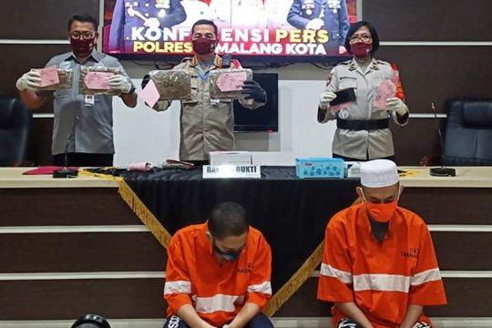 Polisi tangkap 2 mahasiswa pengedar ganja di Kota Malang