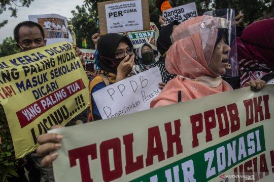 Pengacara publik laporkan Kadis Pendidikan Jakarta ke Ombudsman
