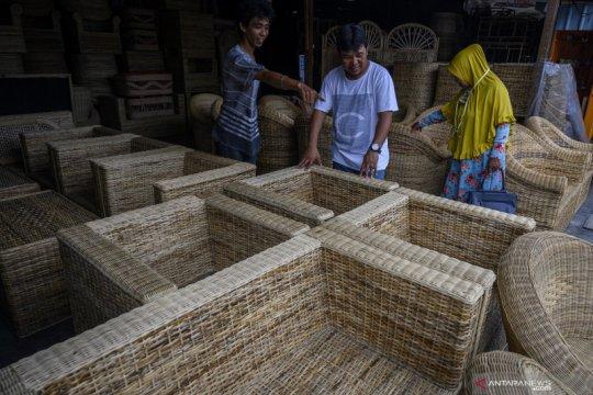 RI dinilai tertinggal dalam bisnis kayu dan mebel dunia