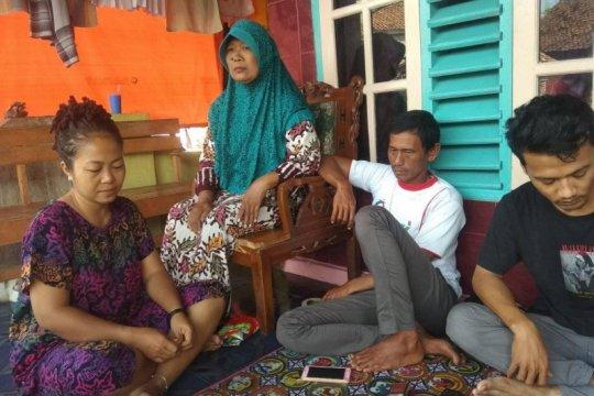 Keluarga korban berharap nelayan yang hilang di Selat Sunda ditemukan
