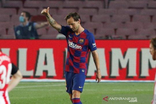 Rakitic bawa Barcelona sementara duduki puncak klasemen lagi