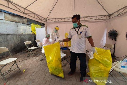Cempaka Putih hasilkan tiga karung limbah medis dari sekali tes