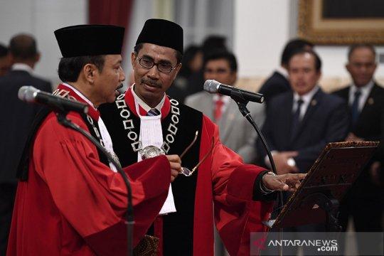 Hakim Konstitusi akui berat memutus uji formil