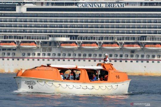Sedikitnya 40 orang di kapal pesiar Norwegia tertular virus corona