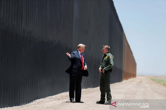 Tahan virus corona, AS tambahkan pemeriksaan di perbatasan Meksiko