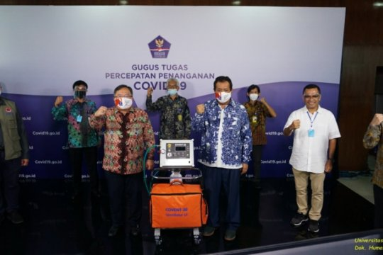 UI serahkan bantuan ventilator COVENT-20 ke BNPB