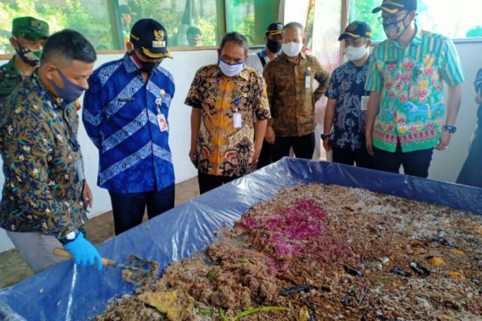 Pemkot Jaksel budidaya ulat Maggot atasi persoalan sampah