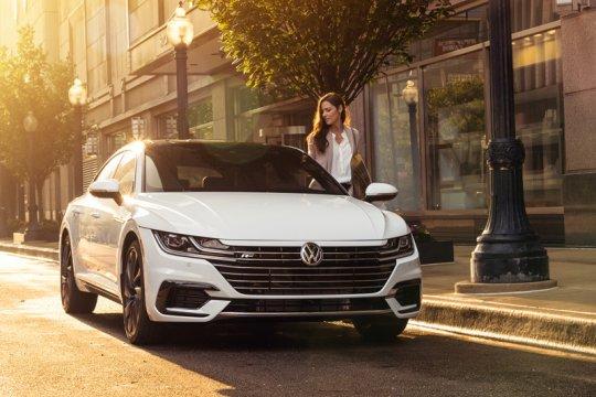 "VW kenalkan Arteon ""facelift"""