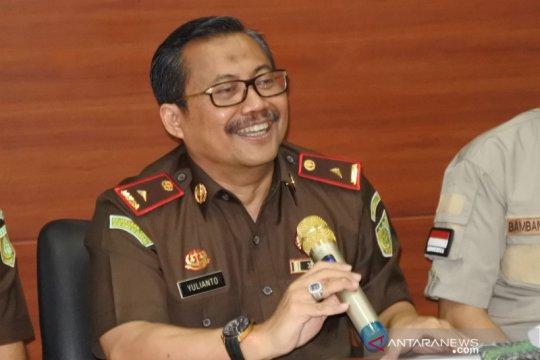 Tersangka kredit macet Bank NTT Ilham Rudianto ditangkap di RS