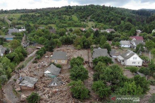 Dampak banjir besar di Ukraina