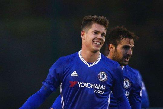 Chelsea perpanjang kontrak Marco van Ginkel