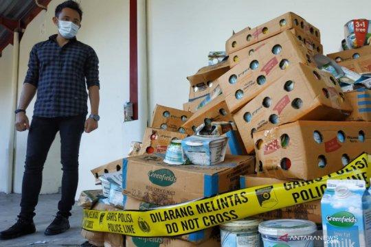 Polresta Mataram segel gudang distributor makanan dan minuman