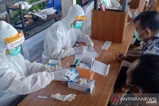 Tim GTPP Kota Denpasar lakukan tes cepat 208 kru kapal motor