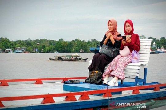 Wisata susur Sungai Mentaya Kalteng favorit warga saat pandemi corona