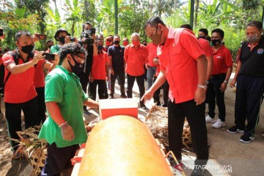 Bupati Gianyar resmikan fasilitas pengolahan sampah di Tegallalang