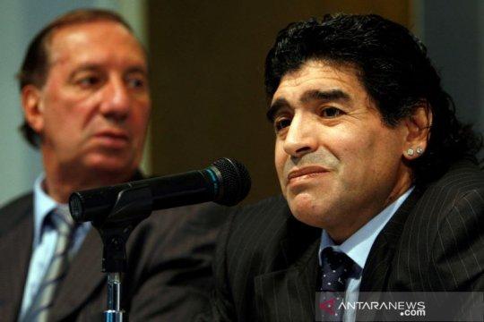 Mantan pelatih Argentina Bilardo dinyatakan positif virus corona