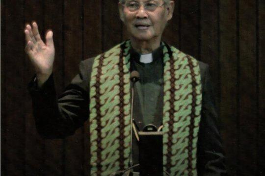 PGI: Mantan Ketum PGI Sularso Sopater sebagai pemimpin yang mengayomi