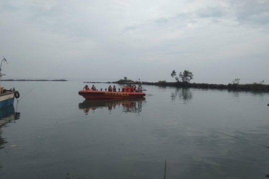 Basarnas evakuasi jenazah mahasiswa tenggelam di Pulau Manuk