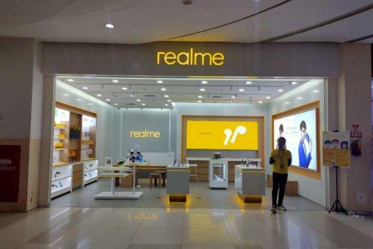 """Optimistis pada penjualan """"offline"""", Realme buka gerai baru"""