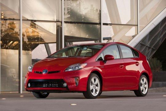 Toyota Prius AS ditarik karena masalah sistem hybrid