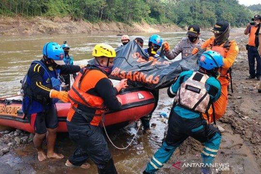 Basarnas temukan pemancing yang hilang di Sungai Ciwulan Tasikmalaya