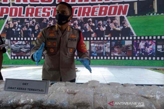 Polresta Cirebon sita 1,1 juta butir sediaan farmasi tak berizin