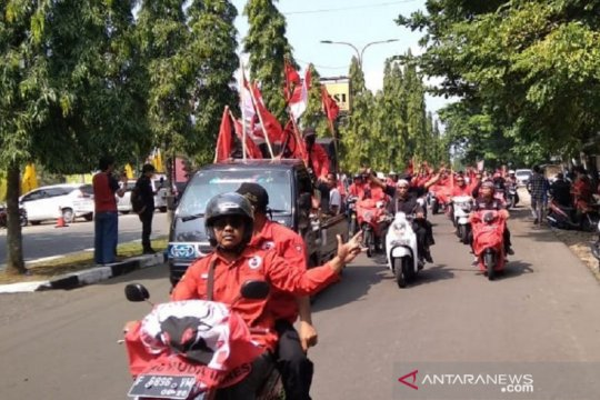PDIP Sukabumi dukung polisi segera ungkap kasus pembakaran bendera
