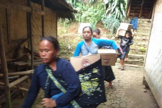 Ribuan warga Badui senang terima sembako dari Polri