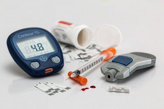 Kadar gula penderita diabetes naik saat COVID-19