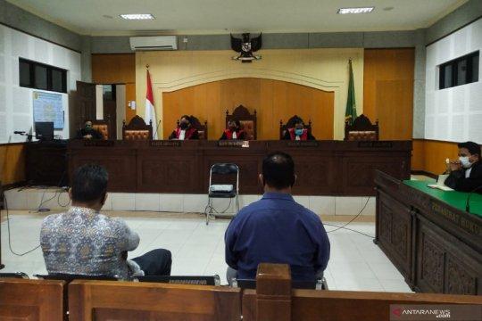 Jaksa tuntut dua terdakwa korupsi Bank NTB lima tahun penjara